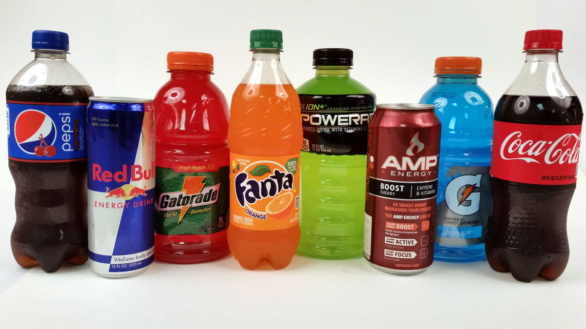 sugary drinks Sugary drinks, or sugar sweetened beverages, include all non-alcoholic water based beverages with added sugar such as non-diet soft drinks, energy drinks, fruit drinks, sports drinks and cordial sugar sweetened beverages are high in kilojoules, leading to weight gain and obesity.